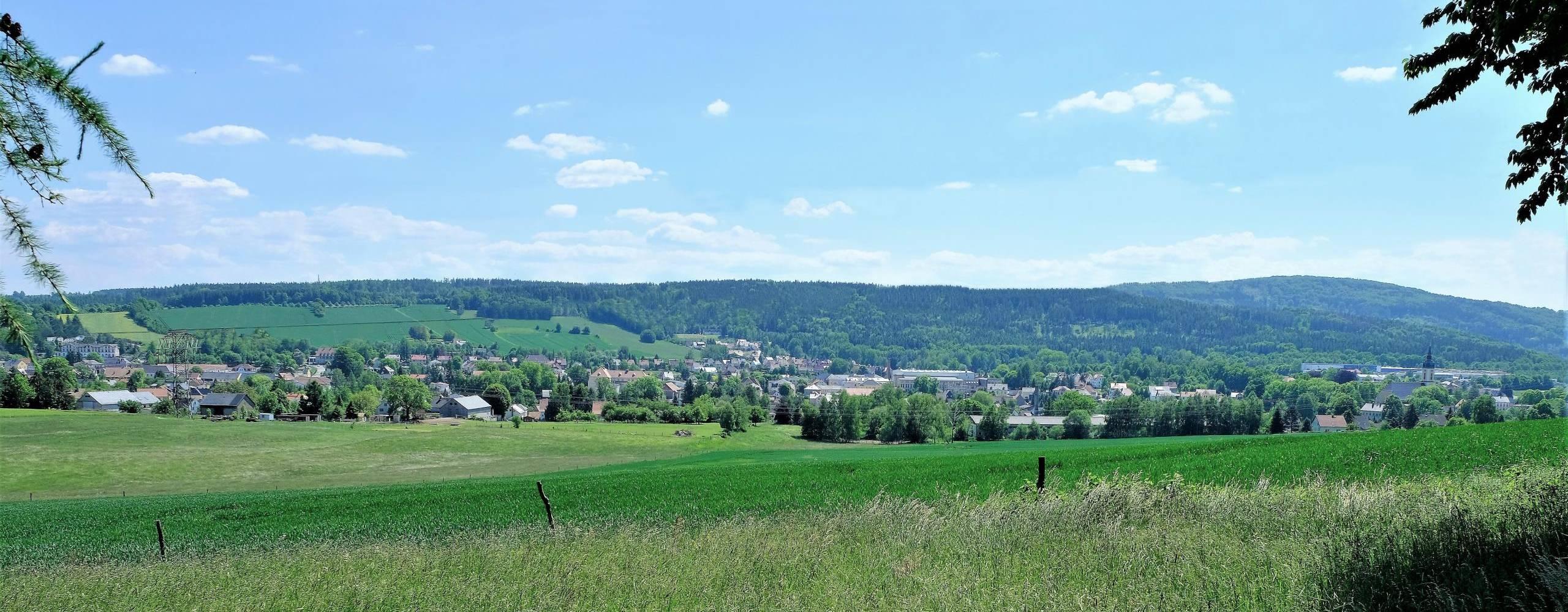 hilse, c., blick von norden auf neukirch mit valtenberg i panorama  ©Panorama von Neukirch/Lausitz Foto: Christian Hilse